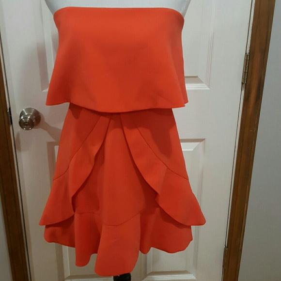 f037a5a56f BCBGMaxAzria Dresses   Skirts - BCBGMaxAzria Charlotte Crepe Mini Dress  Size 04